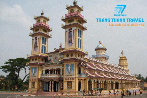 TAY NINH - CU CHI. <BR> CAO DAI HOLY SEE - CU CHI TUNNELS.