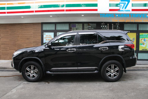 XE TOYOTA FORTUNER. 7 CHỖ